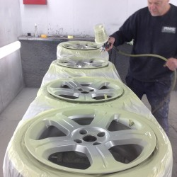 Alloy wheel refurbishment - step 4