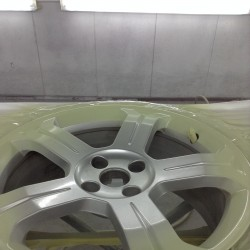 Alloy wheel refurbishment - step 5