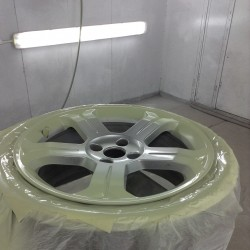 Alloy wheel refurbishment - step 6